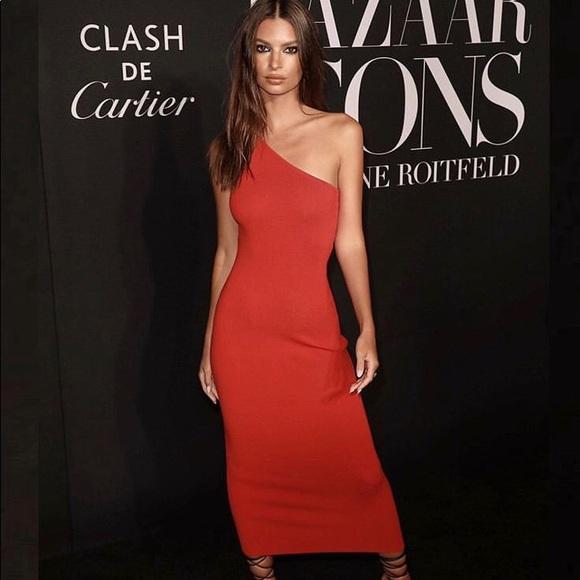 Red One Shoulder Dresses